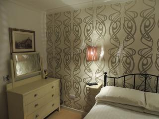 4* Crieff Armoury, Perthshire 4/6 Free WIFI