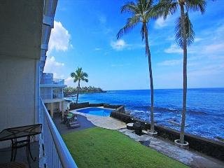 KMS209  DIRECT OCEANFRONT, 2nd floor, GORGEOUS!, Kailua-Kona