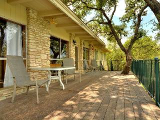 Rustic Lakefront Cabin On Lake Travis with Private Pool and Beautiful Sunsets, Spicewood