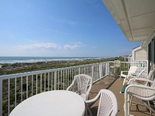 Wrightsville Dunes 3A-F - Oceanfront condo with community pool, tennis, beach, Wrightsville Beach