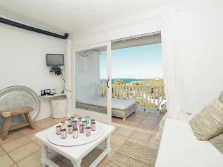 Bright Ibiza Apartment, Cala Vadella