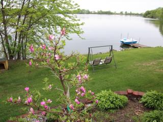 Brooks Lake Vacation Rental, Cokato