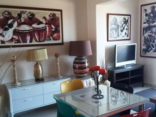 Apartment Melodia, Dherinia