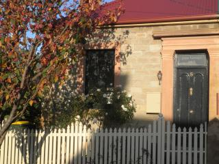 Jane Cottage, Hobart