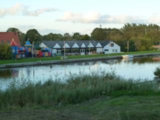 Luxe 4p chalet aan het water, Nieuwe-Niedorp