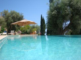 Les Amorini villa sea view heated pool air con