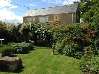 Apartment in picturesque village nr Bradford on Avon, Bath