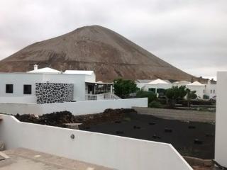 BONITA CASA EN EL CAMPO, Tinajo