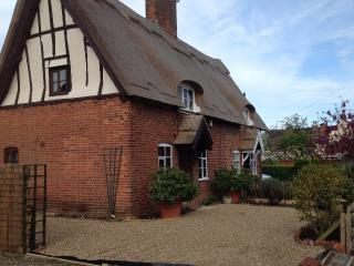 April Cottage 17th Century  7mins from SOUTHWOLD, Wrentham