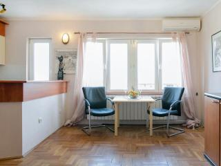 BELGRADE ADVENTURE APARTMENT, Belgrado