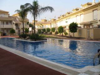 Beautiful townhouse in the Albatros development, Los Alcazares