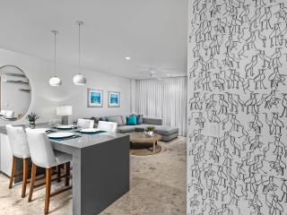 New, luxurious, great location 1 br suite at  Anah, Playa del Carmen