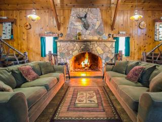 Huge Mountain Cabin For Large Groups, Big Bear Lake
