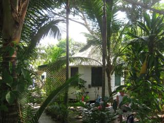 CHIPPEWA COTTAGE: great location and price, Negril