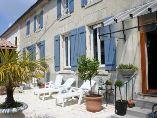 Villa Vignola, Barbezieux-Saint-Hilaire