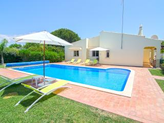 Private, non-overlooked 3 bedroom villa- Casa Nova