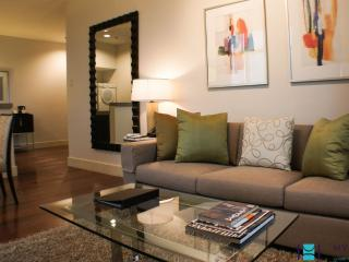 1 bedroom executive in Rockwell, Makati - MAK0032
