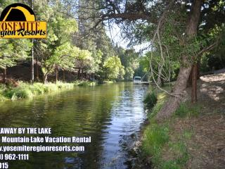1/2m> Lake Lodge Beach Sleeps12 WIFI 25m> Yosemite, Groveland
