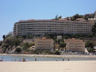 Palacio del MAR, calle bolivia, nº 1  Frente a la playa Sur.