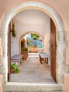 Villa Rouga traditional cretan cottage with pool