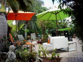 WOW! Designer Home- Exclusive Area Nov - Dec deals, Fort Lauderdale