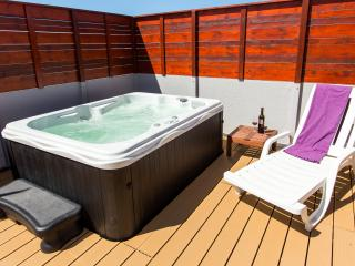 Surf-Atlantic, Modern Room, Jacuzzi, Baleal