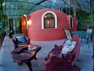 Dome Honeymoon Suite, Quepos