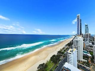 Stunning View of Pacific Ocean & Surfers Paradise