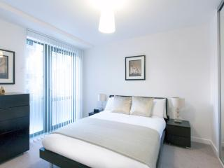 Central London Premium Apartment (Sleeps 4)