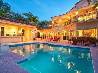 VILLA CAPRI, Miami Beach