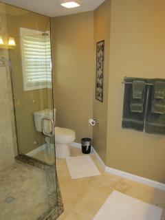 En-Suite, Modern Master Bath