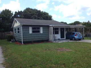 Sweet 3 bed 2 bath cottage near Fort Myers, Punta Gorda