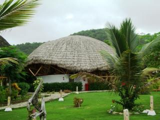 CABAÑA FRENTE AL MAR AYAMPE ECUADOR, Ayampe