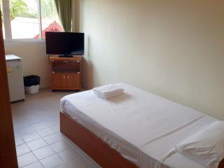 BnB & Pool Near Chaweng Beach Single Bed, Surat Thani