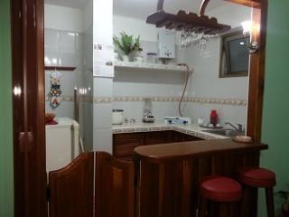 casa ivete apartamento independiente en la rampa, Havana