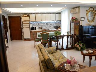 LUXURY PANORAMIC FLAT IN 'CORAL TOWN' NEAR POMPEI, Torre Del Greco