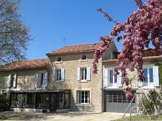 Mas Provençal  jeune famille, Pernes-les-Fontaines