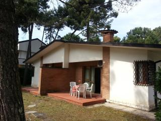 bungalow in the garden, near the sea, Lignano Pineta