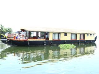sreekrishna daycruise houseboat, Alappuzha