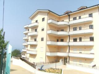 11 Fioribello 2 bed, 2 bath apartment close to Pizzo with pool