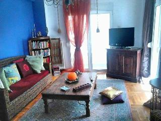 Cosy 2bedroom apartment in the heart of Athens