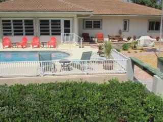 Tropical Pool Home-Book for Aug 29 or September/October/New Years-All King Beds!, Key Colony Beach