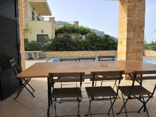 Villa  near Balos, Gramvoussa, Next to the Beach & Tavern, Splendid Views 2