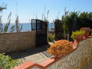 Ingresso casa e ingresso privato al mare