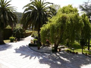 chalet 5 habitaciones, piscina y zona de jardin, Vilagarcia de Arousa