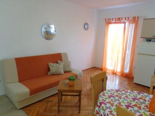 Apartment A2 (4+1), Kastel Stafilic