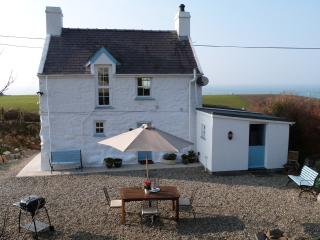 Bwthyn Nefyn: Sea View Coastal Cottage - 204296