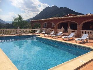 Villa of tranquility, Murla