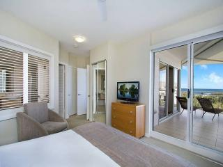 MAN2304 TWO BEDROOM OCEAN VIEW SPA SUITE, Kingscliff