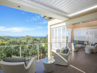 NORTH8 PREMIUM BEACHFRONT HOUSE, Kingscliff